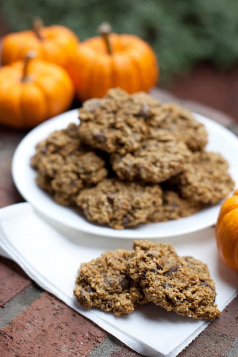 102311oatmeal-pumpkin-chocolate-chip-cookies