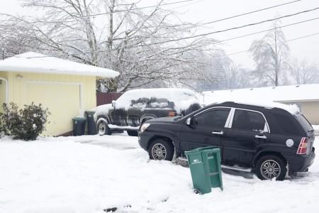 car-slid-snow