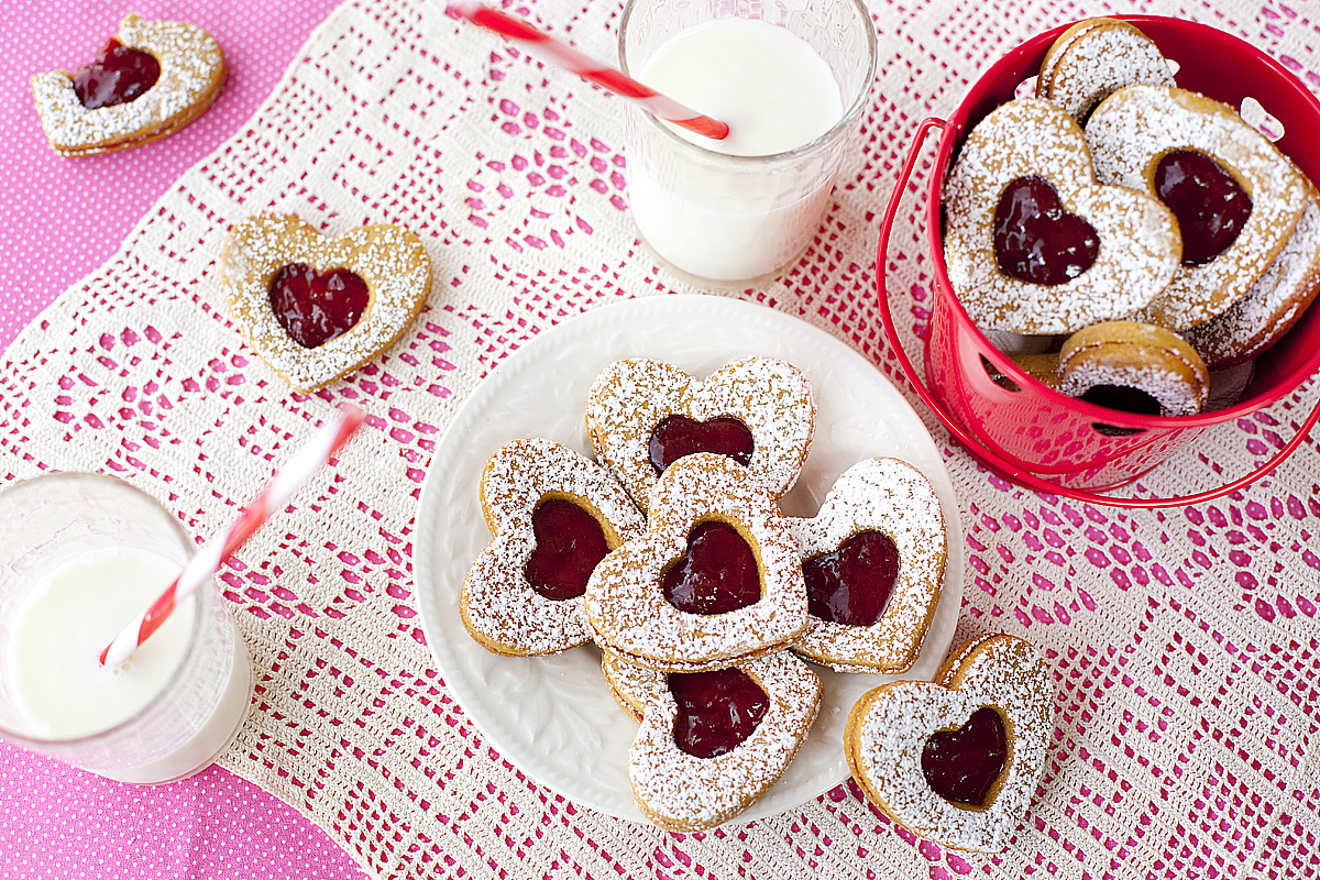 Whole Wheat Valentine Sandwich Cookies