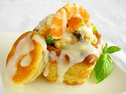 Shrimp Alfredo Baskets: Pot Pie for grown ups!