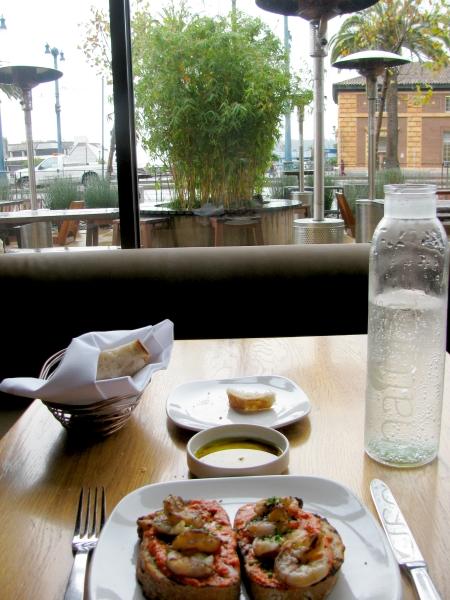 Americano restaurant view