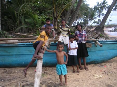 orphaned-children-tsunami