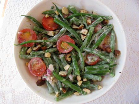 Tomato and Green Bean Salad Recipe with a Creamy Vinaigrette