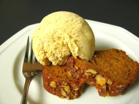 Pumpkin Pie Ice Cream with Pumpkin Bread
