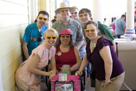 family-Disneyland-California-Adventures-Toy-Story-3D-glasses