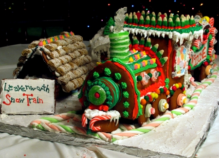 gingerbread snow train