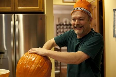 jeff-carving-pumpkin