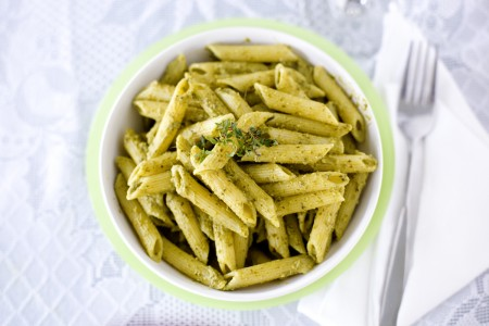 kale-spinach-pesto-pasta