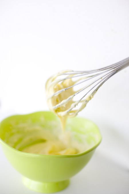making-mayonnaise-from-scratch