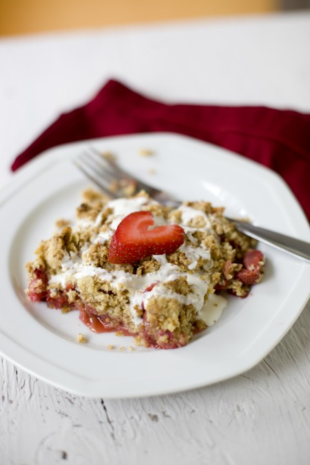 rhubarb-strawberry-crisp