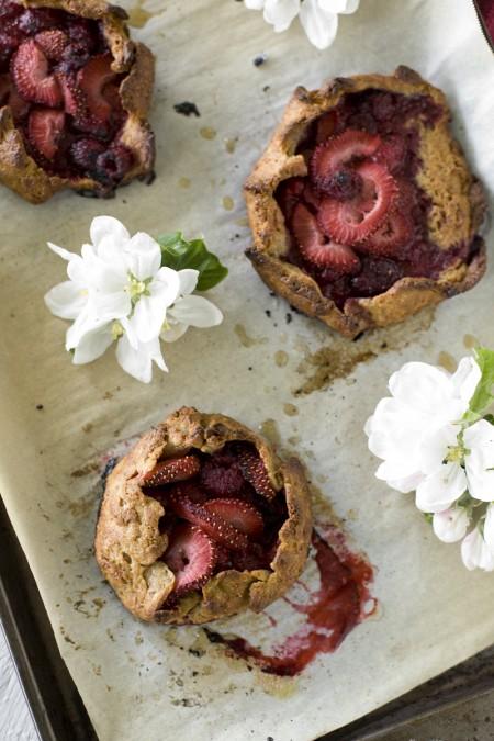 rustic-berry-tart