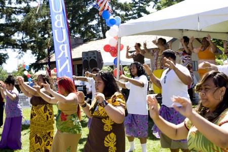 samoan-dancing