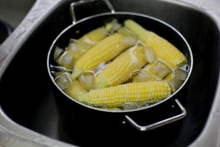 shocking-hot-corn