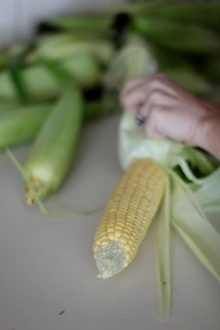shucking-corn