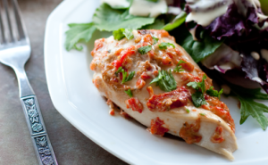 FEATURED-roasted-red-pepper-chicken-recipe
