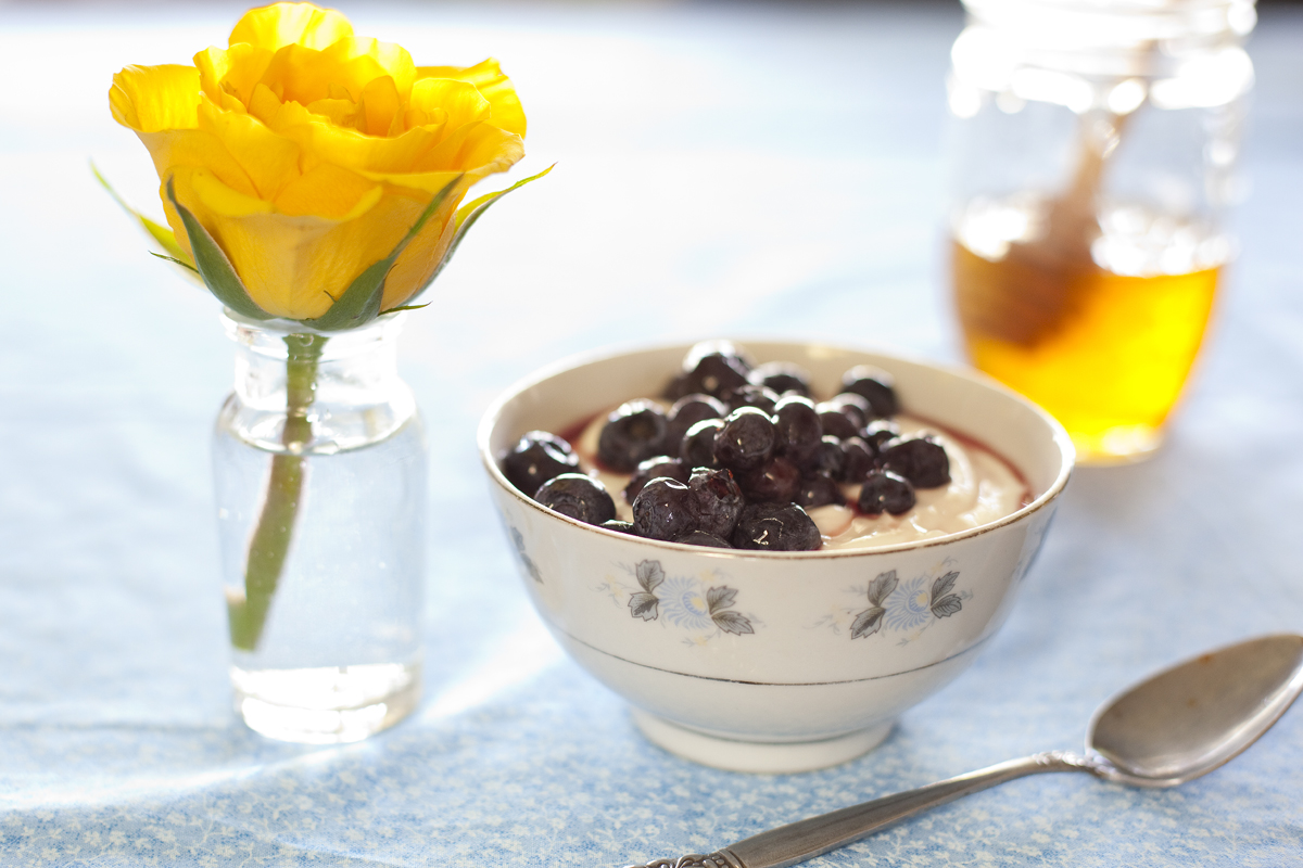 Greek Yogurt with Blueberries and Honey Recipe