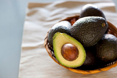 How to preserve avocados in the freezer from EatingRichly.com