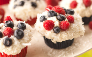 july4-cupcakes-featured-image