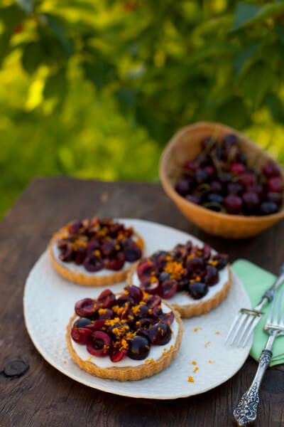 easy-cherry-dessert