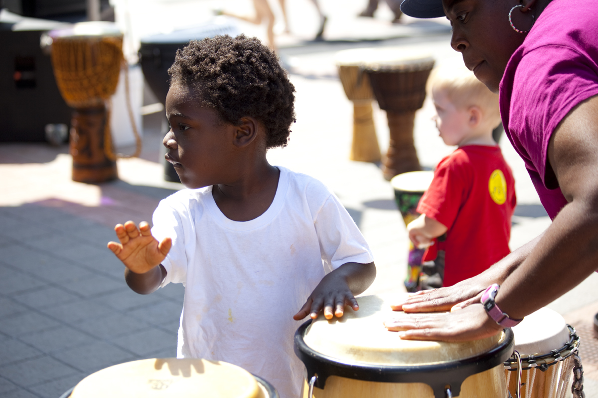 family-drumming