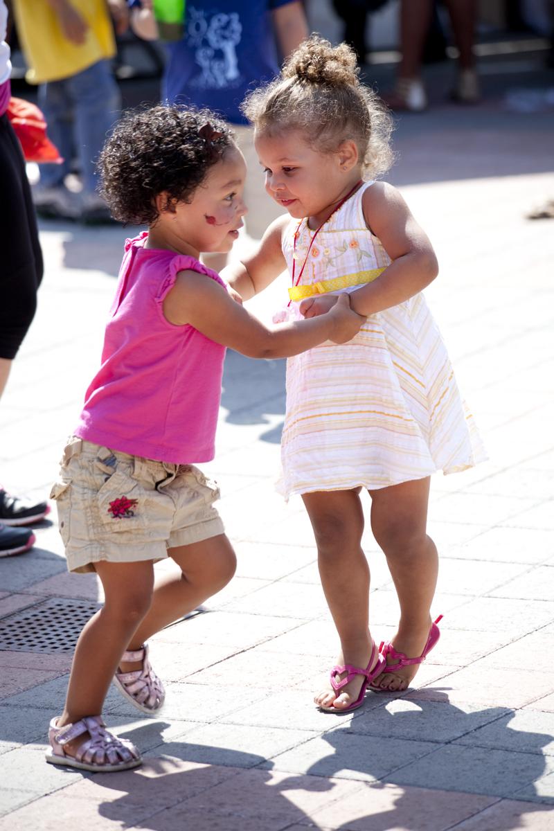 little-girls-dancing