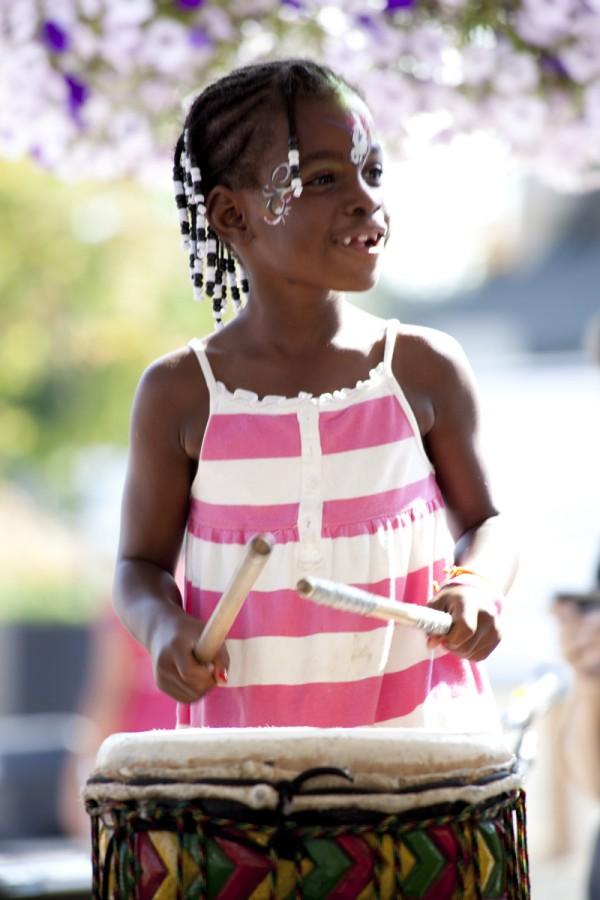 girl-braids-drumming