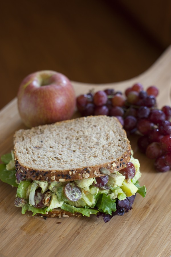 avocado-chicken-salad-sandwich-recipe