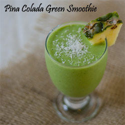 Pina-Colada-Green-Smoothie-thechiclife