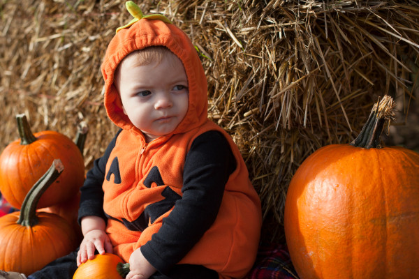 Baby's first pumpkin patch trip, with pumpkin fudge recipe | EatingRichly.com