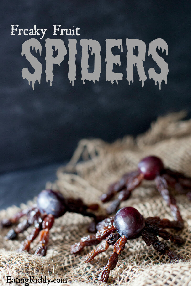 Halloween Fruit Snacks: These healthy Halloween fruit spiders are so creepy crawly, kids will beg for more! | EatingRichly.com
