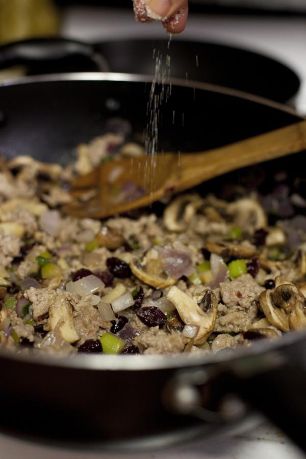 Sausage Thanksgiving stuffing recipe | EatingRichly.com