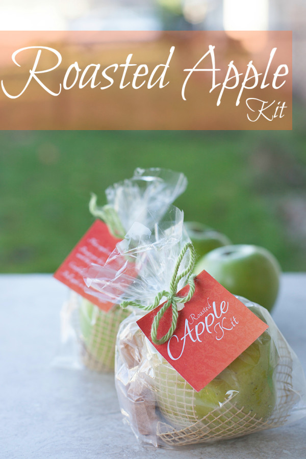 Easy edible gift recipe, a roasted apple kit. Free tags to print! | EatingRichly.com
