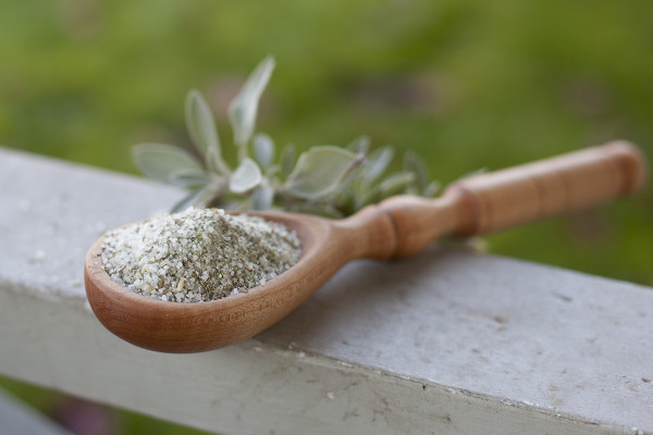 Edible Gift: Homemade Seasoning Salts Recipe