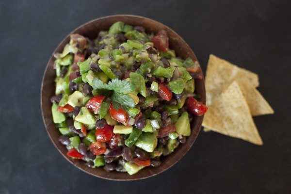 Fresh Tomato and Avocado Salsa. Snacks for your Super Bowl Party (Go Hawks!) EatingRichly.com