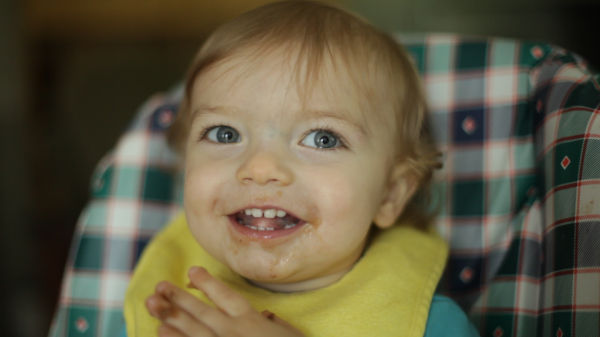 Baby Corban helps make Asian Pork Belly Bean Soup in cute video - EatingRichly.com