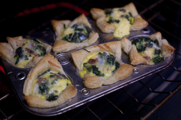 These cute individual quiches are a fun way to make breakfast fancy, and ready in just 30 minutes. EatingRichly.com