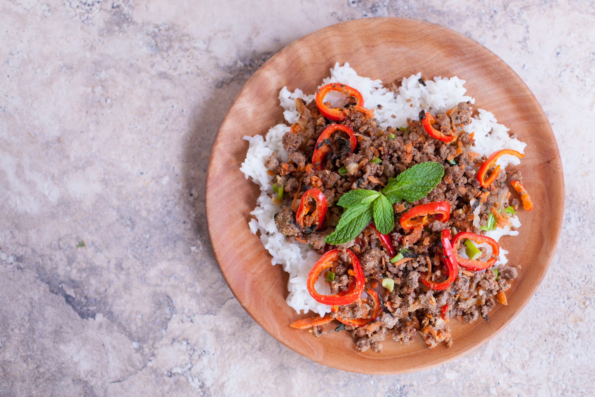 Thai Ground Beef Recipe With Mint Carrots And Peppers Eating Richly