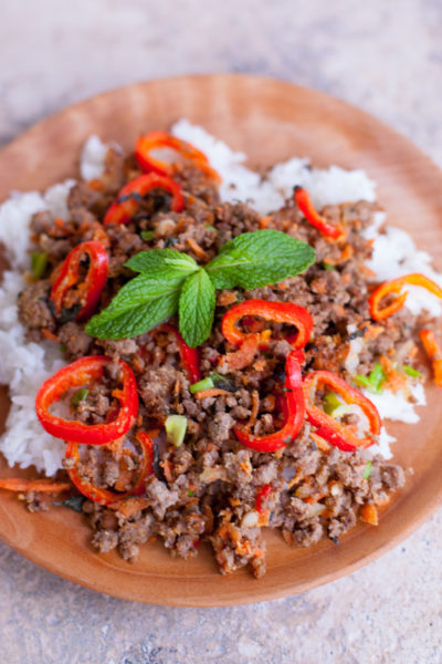 Thai Ground Beef Recipe with Mint, Carrots, and Peppers