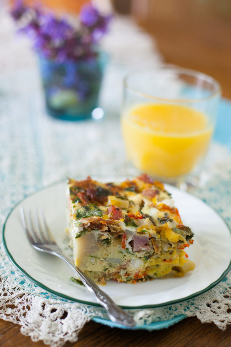 Easy overnight ham and veggie breakfast casserole recipe