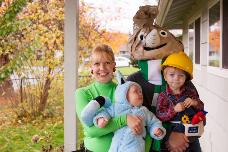 Bob the Builder and friends Halloween costumes DIY from EatingRichly.com