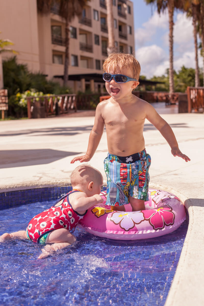 Best baby pool float plus swim gear for toddlers - How do i keep ducks out of my swimming pool ...