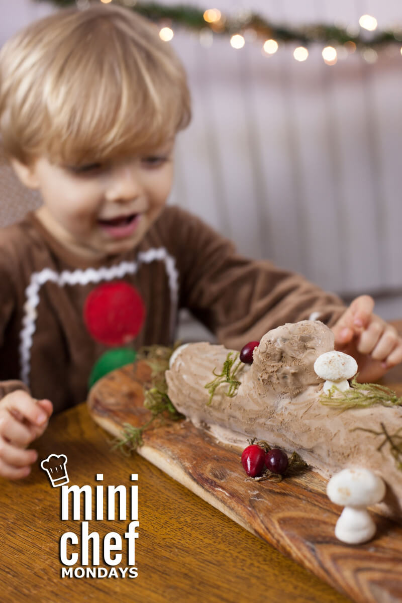 This easy no bake yule log cake makes the perfect Christmas dessert to make with your kids. Just 5 ingredients! Part of #MiniChefMondays on EatingRichly.com