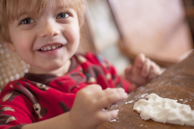 Two Ingredient Homemade Silly Putty Recipe