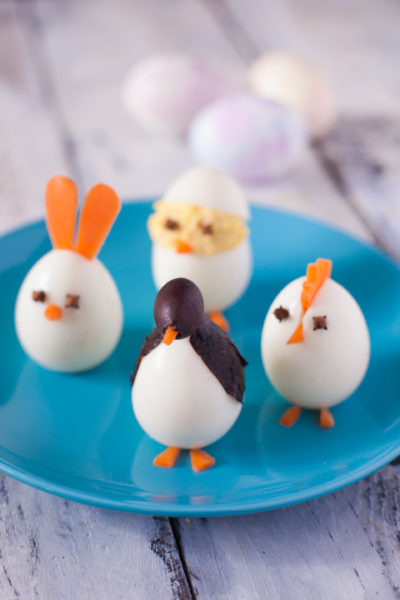 Edible art projects for kids: Wondering what to do with Easter eggs now that you're done with Easter? Turn them into these cute and easy boiled egg animals! Each one takes just a few minutes to make. From EatingRichly.com