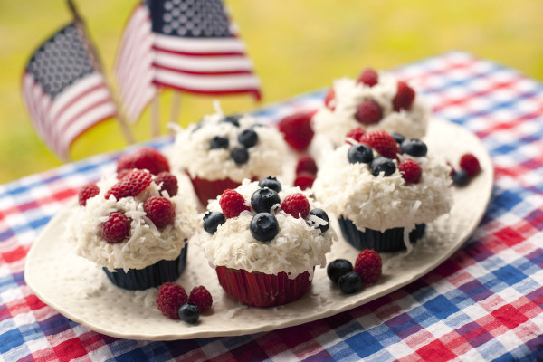Whole Wheat Cupcakes with summer berries. Get more recipes for healthy 4th of July desserts at EatingRichly.com.