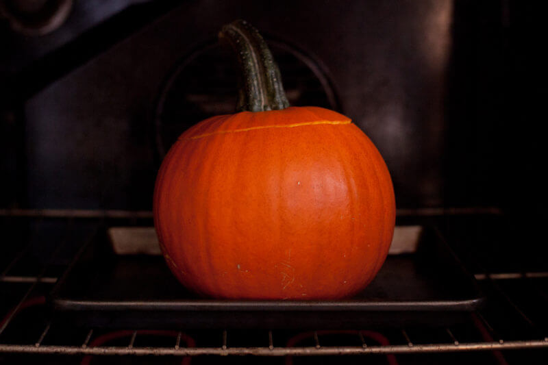 Cooking dinner in a pumpkin. This ground beef dinner in a pumpkin is is not only easy to make, it's also a kid friendly dinner that will have your little ones begging for more! From EatingRichly.com