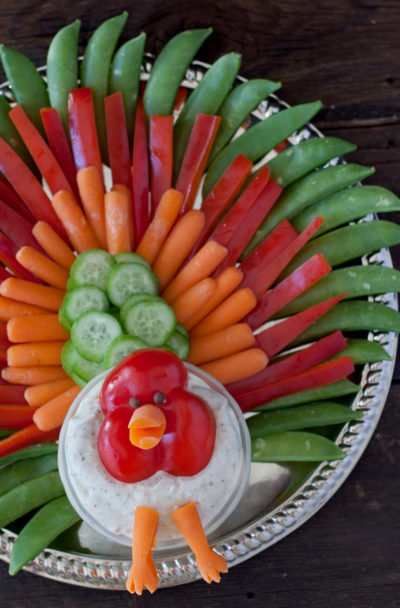 Holiday edible art project for kids: Thanksgiving turkey veggie tray. From EatingRichly.com