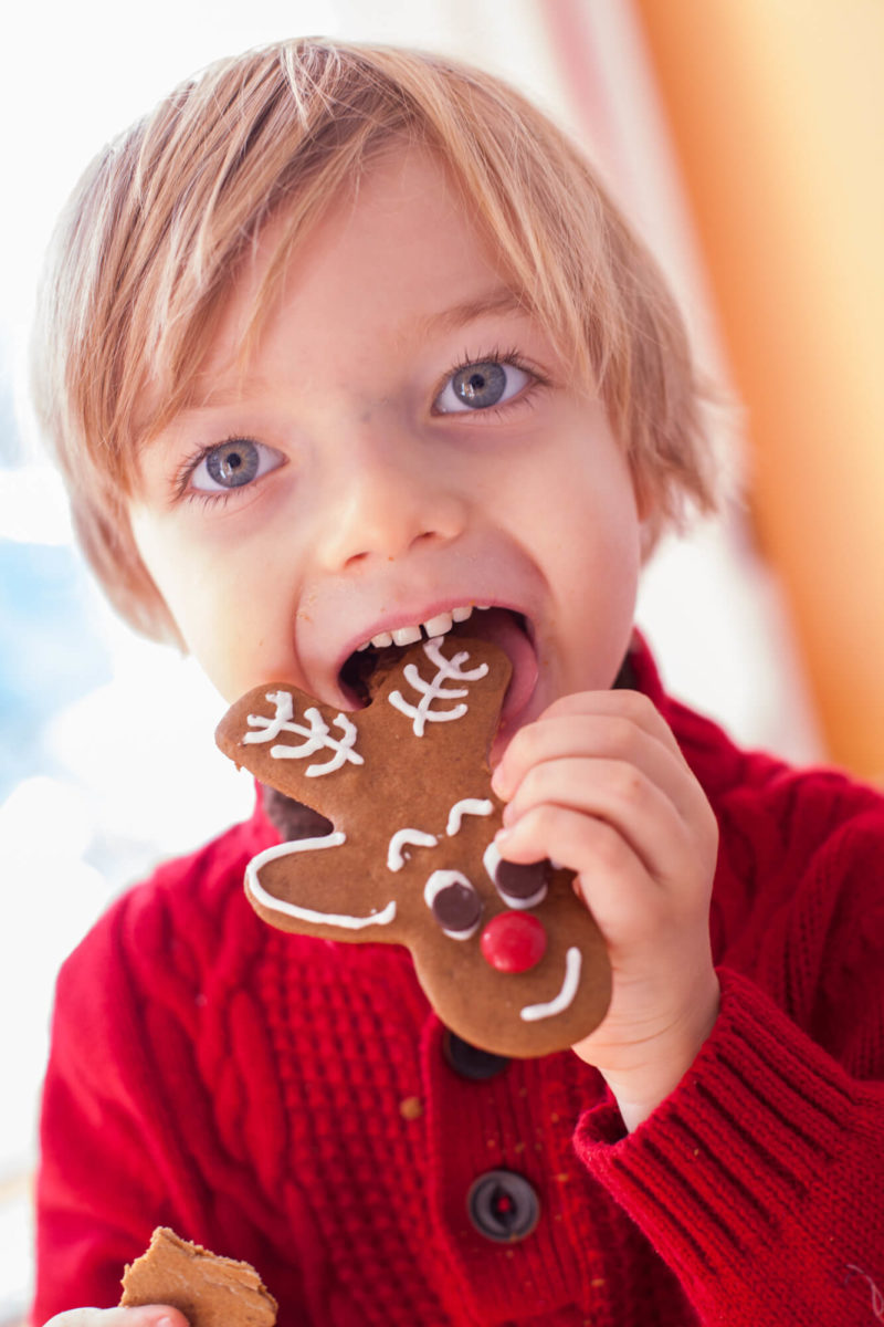 These Reindeer Gingerbread Cookies Are Super Simple To Make With A Man Cookie Cutter