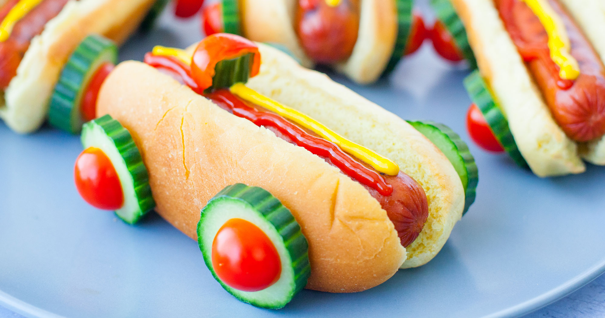 race car hot dogs for a cars party eating richly. Black Bedroom Furniture Sets. Home Design Ideas