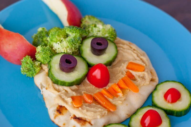 This friendly hummus monster is adorable any time of year, but makes the perfect healthy Halloween lunch for kids. And it's so easy to make! From EatingRIchly.com